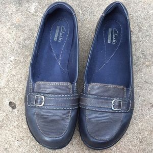 NEW LISTING!!  Clark's Leather Upper Loafer